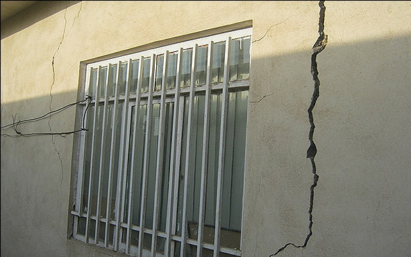 دلایل بروز ترک در ساختمان