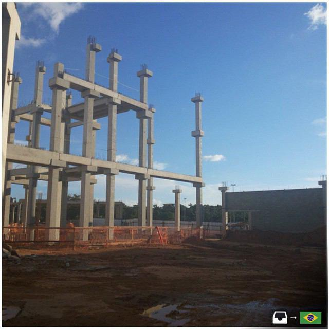 سازه پیش ساخته بتنی